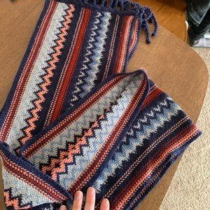 Smart wool knit chevron scarf!